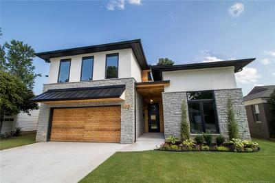 Tulsa Single Family Home For Sale: 208 E 35th Street