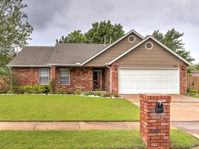 Broken Arrow OK Single Family Home For Sale: $172,500