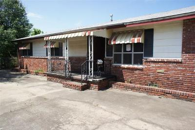 Tulsa Single Family Home For Sale: 1132 E 26th Place North N