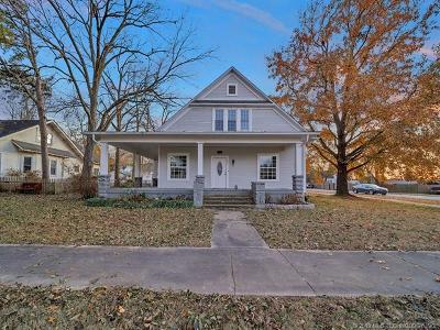 Claremore Single Family Home For Sale: 301 E Will Rogers Boulevard