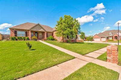 Bartlesville Single Family Home For Sale: 5718 Nottingham Place