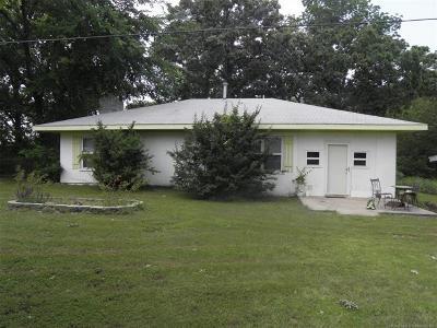 Wagoner Single Family Home For Sale: 31393 E 679 Terrace