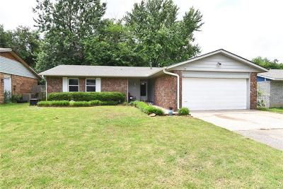 Broken Arrow Single Family Home For Sale: 1640 S Redbud Place