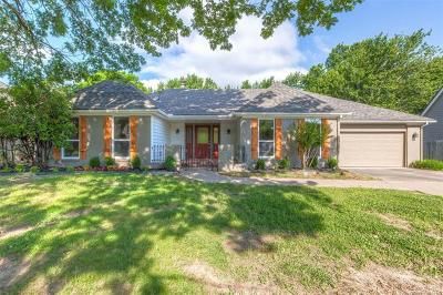 Tulsa Single Family Home For Sale: 6444 S Richmond Avenue