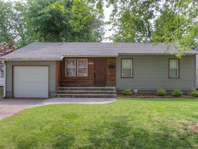 Tulsa OK Single Family Home For Sale: $185,000