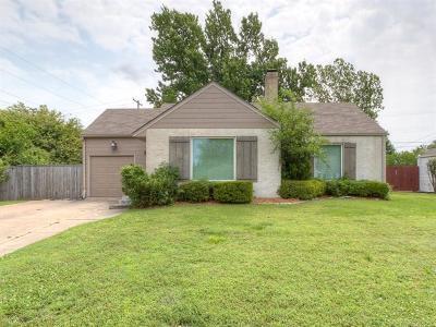 Tulsa OK Single Family Home For Sale: $165,000