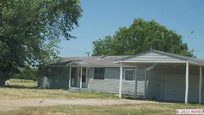 Pryor Single Family Home For Sale: 65 S 428 Road