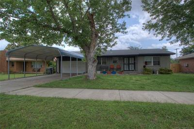 Tulsa Single Family Home For Sale: 2181 S 73rd East Avenue