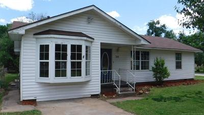 Rogers County, Mayes County, Tulsa County Single Family Home For Sale: 349 S 46th West Avenue