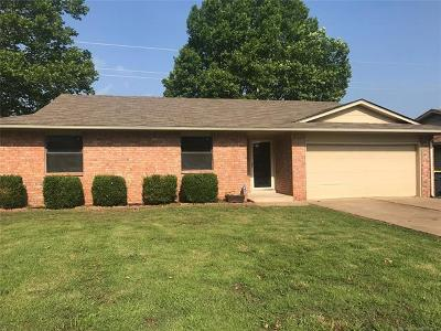 Glenpool Single Family Home For Sale: 13502 S Fern Street