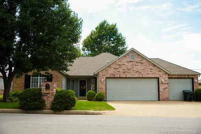 Sand Springs Single Family Home For Sale: 5114 Greenan Drive