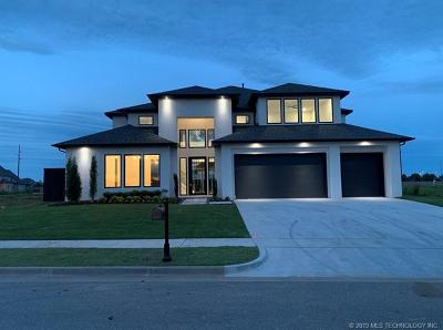 Tulsa County Single Family Home For Sale: 4527 S Retana Place