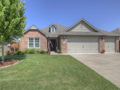 Owasso Single Family Home For Sale: 9233 N 143rd East Avenue