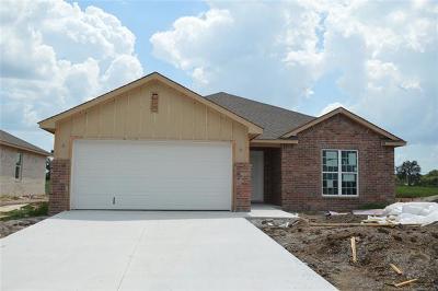 Broken Arrow Single Family Home For Sale: 4829 E Galveston Street