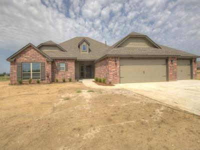 Skiatook Single Family Home For Sale: 12744 N 43rd East Avenue