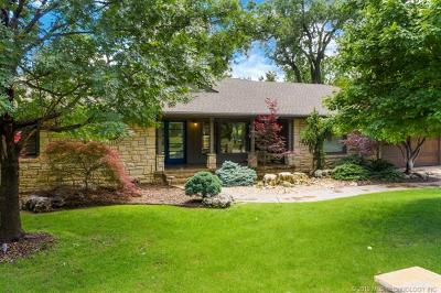 Tulsa County Single Family Home For Sale: 2250 E 33rd Street