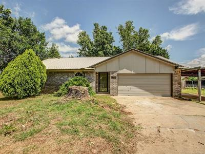 Sand Springs Single Family Home For Sale: 14519 Gomez Drive