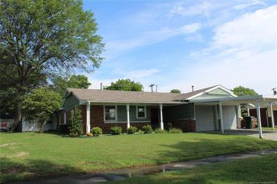Muskogee Single Family Home For Sale: 119 Rodman Circle