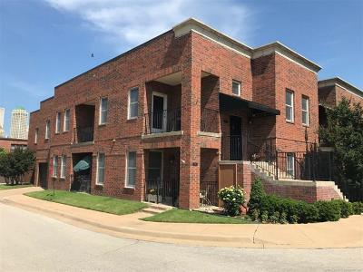 Tulsa Condo/Townhouse For Sale: 728 S Norfolk East Avenue #B