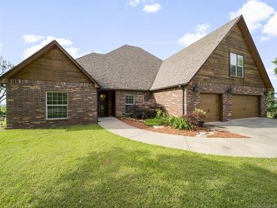 Skiatook Single Family Home For Sale: 15677 Eagles Nest Court