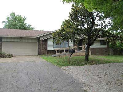 Claremore Single Family Home For Sale: 726 Christmas Lane