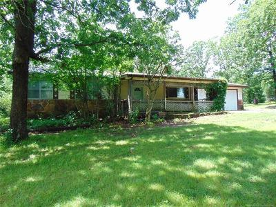 Park Hill Single Family Home For Sale: 28041 S 549 Road