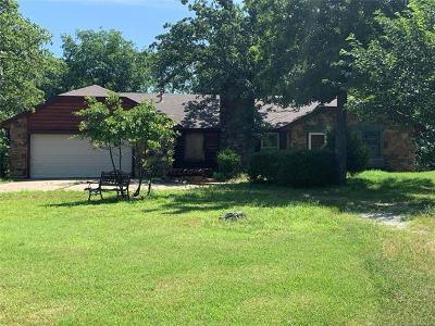 Sand Springs Single Family Home For Sale: 340 N Ridge Avenue