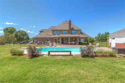 Jenks Single Family Home For Sale: 2211 W 112th Court S