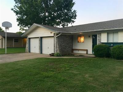 Broken Arrow Single Family Home For Sale: 3205 S 1st Street
