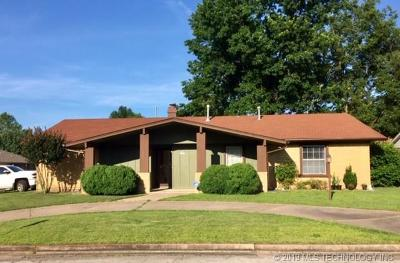 Broken Arrow Single Family Home For Sale: 2209 S Ironwood Avenue