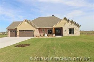 Ramona Single Family Home For Sale: 3 Oaklawn Drive