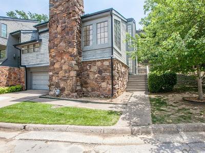 Tulsa Condo/Townhouse For Sale: 7449 S Winston Avenue #901