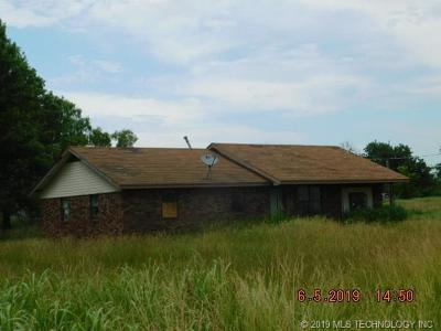 Okmulgee County Single Family Home For Sale: 23255 W Hwy 16