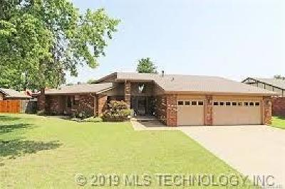 Bartlesville Single Family Home For Sale: 2616 Chapel Hill Road