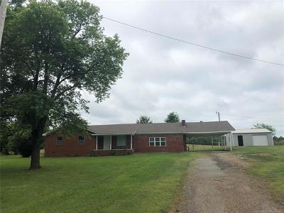 Okmulgee County Single Family Home For Sale: 29345 Dustin Road