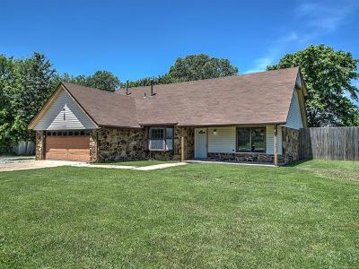 Broken Arrow Single Family Home For Sale: 4146 S 195th East Avenue