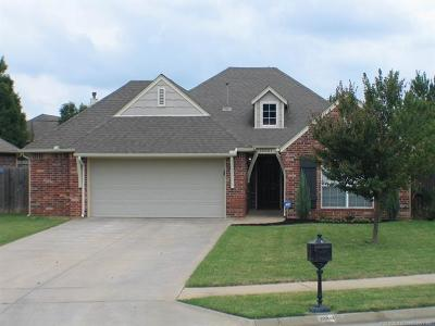Owasso Single Family Home For Sale: 10001 E 97th Place North