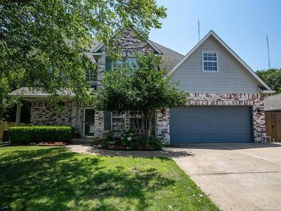 Bixby Single Family Home For Sale: 10842 E 115th Place S