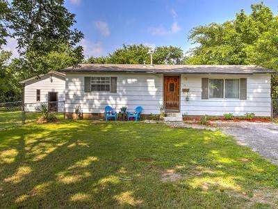 Sapulpa Single Family Home For Sale: 714 S Maple Street