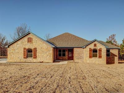 Tahlequah Single Family Home For Sale: 16353 N 573 Road