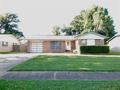 Sand Springs Single Family Home For Sale: 609 Angus Drive