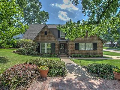 Tulsa County Single Family Home For Sale: 3945 S Lewis Place
