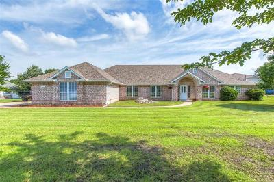 Owasso Single Family Home For Sale: 15807 E 78th Street North N