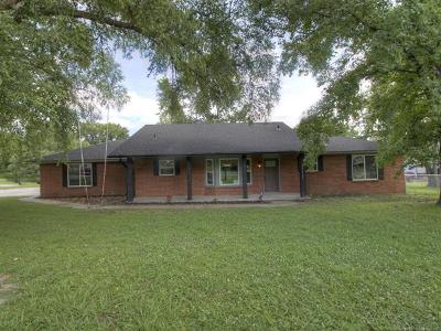 Claremore Single Family Home For Sale: 25665 S Greenway Drive