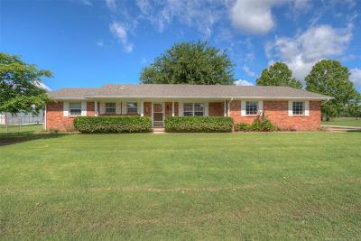 Sand Springs Single Family Home For Sale: 1600 Ledbetter Drive