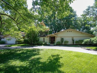 Tulsa County Single Family Home For Sale: 3883 S Birmingham Place