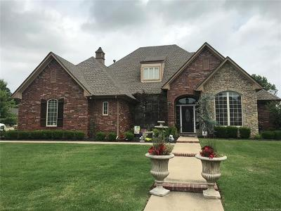 Muskogee Single Family Home For Sale: 3400 Park Place North