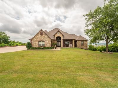 Owasso Single Family Home For Sale: 6531 S Ridgeview Road