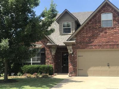 Jenks Single Family Home For Sale: 3718 W 108th Court