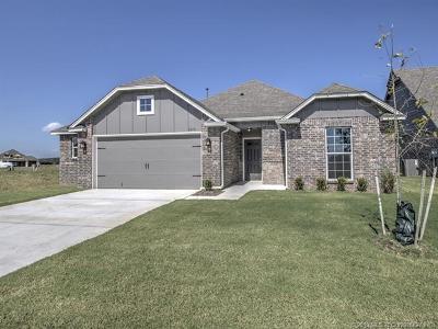 Bixby Single Family Home For Sale: 6379 E 125th Street S